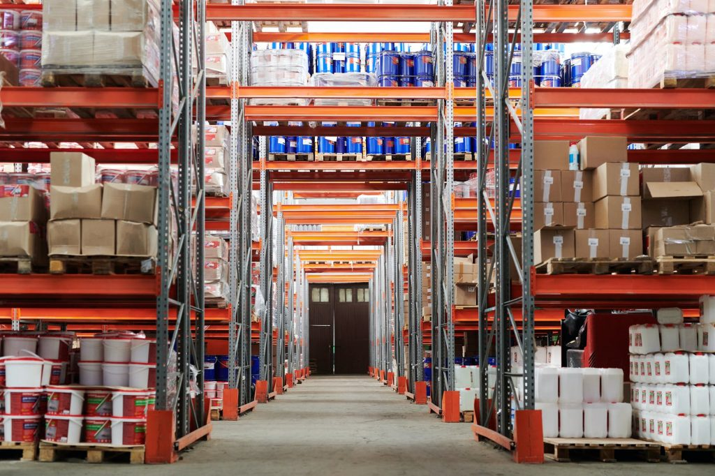How to Choose the Perfect Warehouse Mover